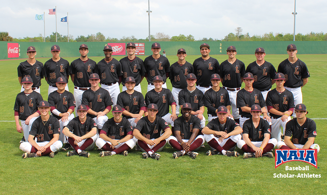 Photo for Loyola lands five members on the 2017 Daktronics-NAIA Baseball Scholar-Athlete list